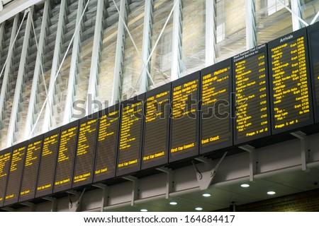 arrivals departure board ...