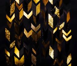 Arrows gold retro geometric pattern