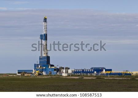 artic drilling rig 4
