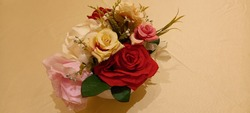 artificial flowers, the artificial flower is an imitation of the actual flower, at first glance, its appearance will resemble the actual flower.