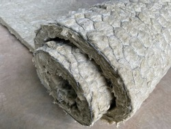 Asbestos insulation for pipe heat insulation system
