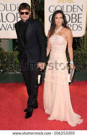 Ashton Kutcher and Demi Moore at the 66th Annual Golden Globe Awards. Beverly Hilton Hotel, Beverly Hills, CA. 01-11-09