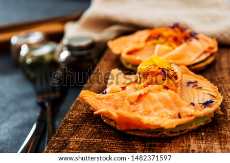 Asparagus salmon tartlets chiffonade, pickled vegetables, creamy creamy #1482371597