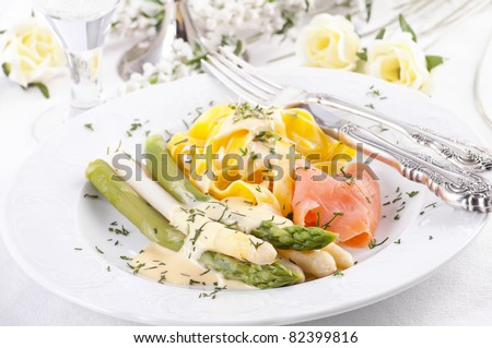 Asparagus with smoked salmon and Pasta
