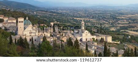 Assisi panorama Cattedrale di S. Rufino and Basilica of St. Chiara, Umbria, Italy