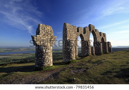 At 1485 ft above sea level, the Fyrish Monument was built in 1782 on Fyrish Hill (Cnoc Fyrish), in Fyrish near Evanton, Easter Ross, Scotland