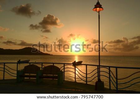 Shutterstock Atardecer en Isla de San Andres, Archipielago de San Andres, Providencia y Santa Catalina, Colombia