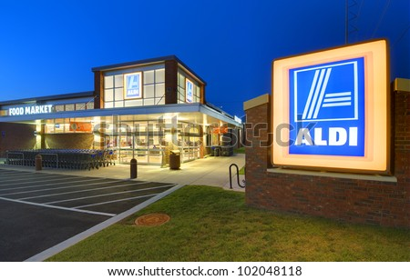 ATHENS, GEORGIA: MAY 8, 2012: Aldi Food Market May 8, 2012 in Athens, GA. The German-based discount supermarket chain currently operates more than 1,150 stores in the U.S. and about 8,133 worldwide.