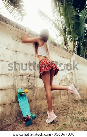 Zryanova nude young boys in mini skirts massages video indonesian