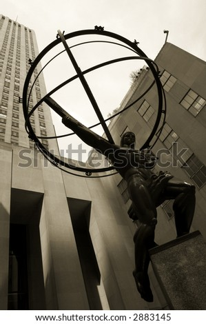 Atlas statue in Rockefeller Center, New York City
