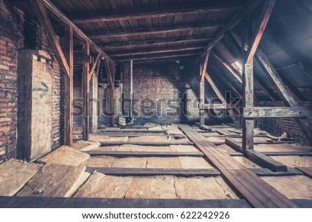 attic floor - attic loft / roof construction  #622242926