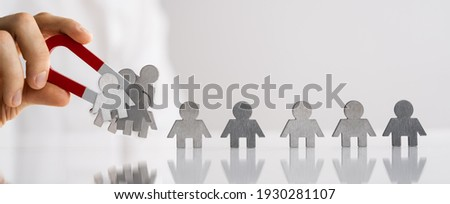 Attract Lead And Customer Using Magnet. Business Management Foto d'archivio ©