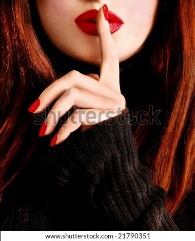 psssssssttt ! Stock-photo-attractive-woman-21790351