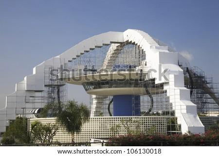 AUGUST 2007 - Landmark LAX Encounter Theme Restaurant under scaffolding for renovation, Los Angeles International Airport, LA, CA #106130018