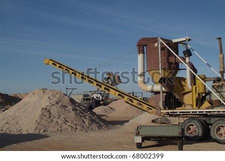 Australia, mining equipment in Coober Pedy
