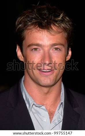 Australian actor HUGH JACKMAN at the world premiere, in Los Angeles, of Lucky Numbers. 24OCT2000.   Paul Smith / Featureflash