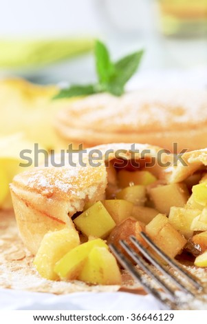Australian apple pie