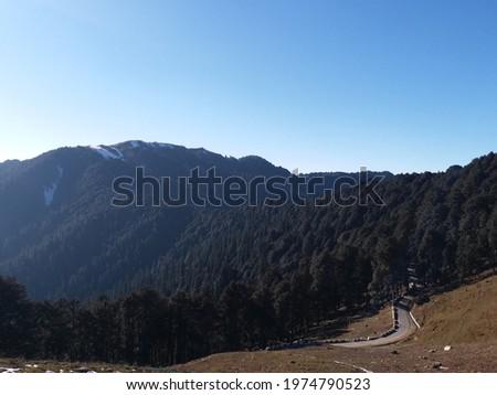 aut Road at Jalori Pass, Himachal Pradesh Stock fotó ©