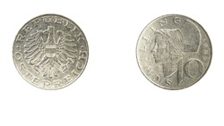 authentic 10 Austrian schilling coin year 1985 obverse and reverse side on white background,macro close up