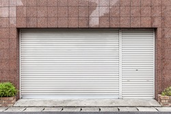 Automatic roller shutter doors on the ground floor of the house