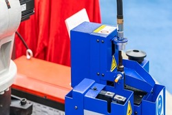Automatic welding torch cleaner station for robot welding tip and nozzles remove spatter debris to maintain productivity and increase efficiency for industrial