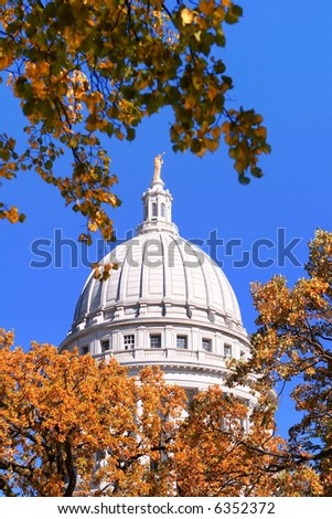 Autumn , Capitol Dome, Madison, Wisconsin
