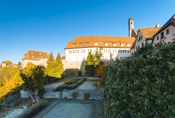 Autumn scenery with the Medieval Criminal Museum in the morning, view from the alley 'An der Eich', Rothenburg ob der Tauber, Bavaria, Germany