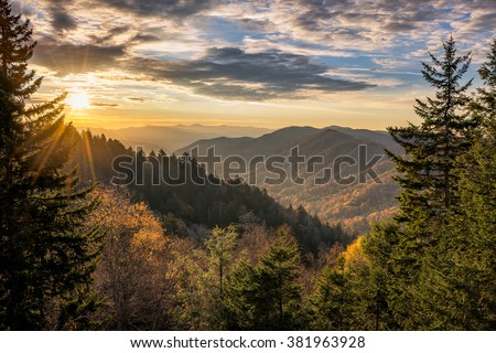 Autumn sunrise over Newfound Gap overlook in the Great Smoky Mountains
