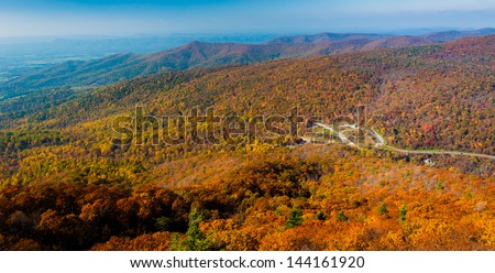 Autumn view of the Blue Ridge Mountains from Mary's Rock, along the Appalachian Trail in Shenandoah National Park, Virginia.