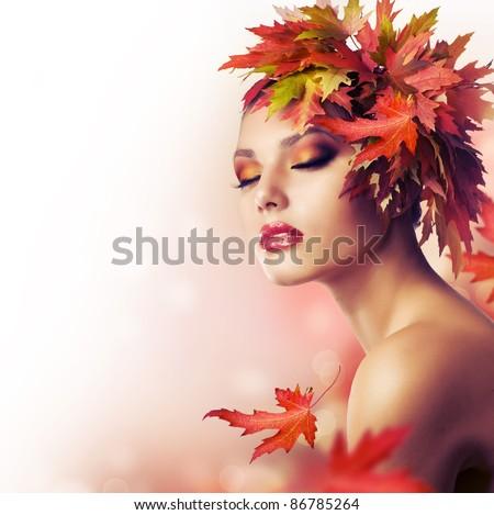 Autumn Woman. Beautiful makeup