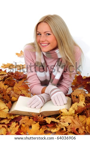 autumn woman read in studio