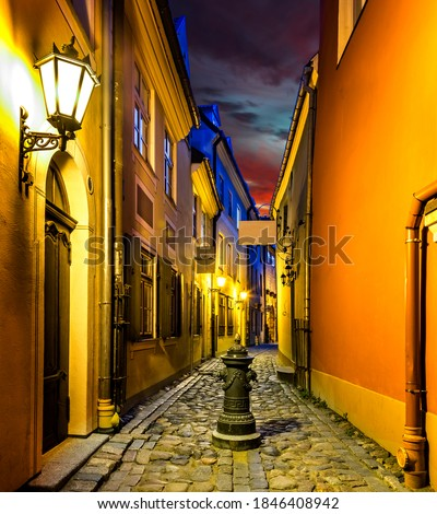 Autumnal night in European town, nocturnal view on medieval street ストックフォト ©