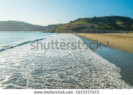 Avila beach, a wide sand beach of charming beach town  Avila Beach, located in San Luis Obispo County, Central Coast of California Stockfoto ©