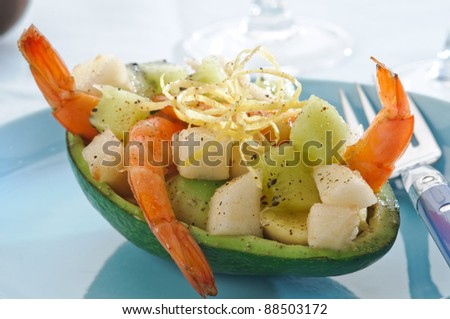 Avocado with pear and kiwi - appetizer