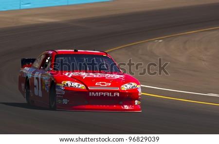 AVONDALE, AZ - MAR 03:  Kurt Busch (51) brings his car through turn 4 during the Subway Fresh Fit 500 race at the Phoenix International Raceway in Avondale, AZ on Mar 03, 2012.