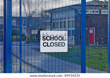 AYLESBURY, ENGLAND - NOVEMBER 30: Sign stating \'School Closed\' sits on the main gates of Mandeville School as a result of industrial action by public sector workers on November 30, 2011 in Aylesbury