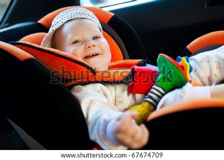 baby girl smile in car
