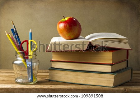 Back to school concept on grunge background