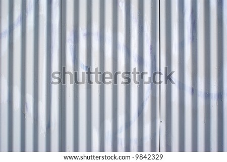 How to paint steel siding