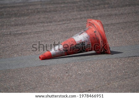 Background with traffic cone on road track Foto stock ©