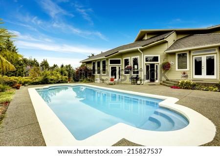 Backyard with swimming pool. Real estate in Federal Way, WA