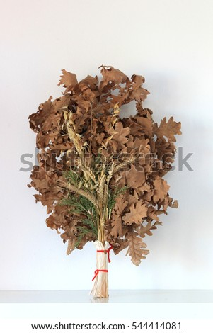 badnjak yule log mistletoe fir branches wheat serbian christmas - When Is Serbian Christmas