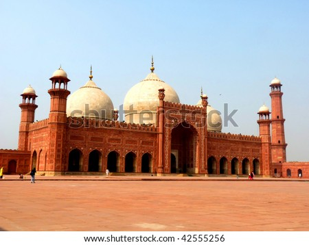 Badshahi Mosque Lahore Pakistan One of the most famous landmarks and tourist destination of Pakistan built in 16th century is also one of the largest mosques in the world