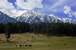 Baisaran – Mini Switzerland of India in Kashmir