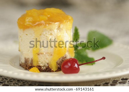 Baked cheese cake with orange