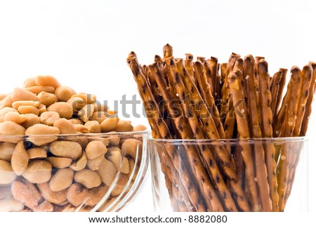 baked peanuts with salt pretzels