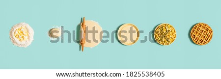 Baking steps for an apple pie, isolated on a green mint background. Top view with step by step preparation of an apple tart. Homemade dessert recipe. Photo stock ©