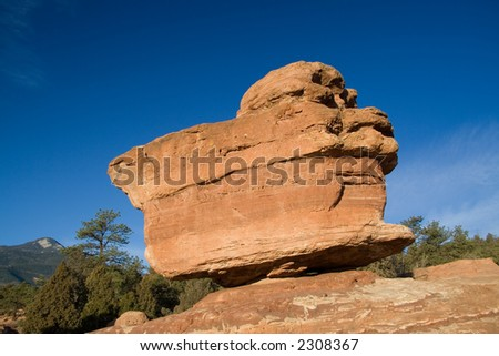 Balanced Rock is one of the most famous rock formation of the Garden of the Gods Park in Colorado Springs.