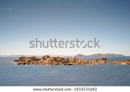 Balck Rock beach in O Grove rias baixas Stok fotoğraf ©