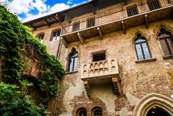 balcony of Juliet's house in Verona, Italy